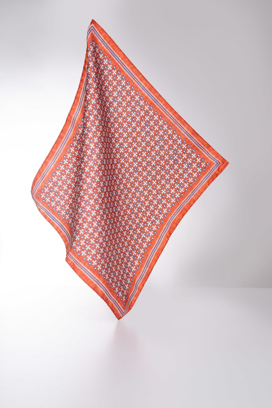 Vreckovka  informal, farba oranžová