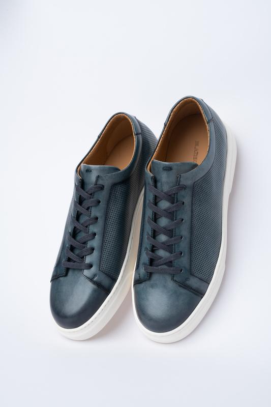 Modré sneakers Pre voľný čas